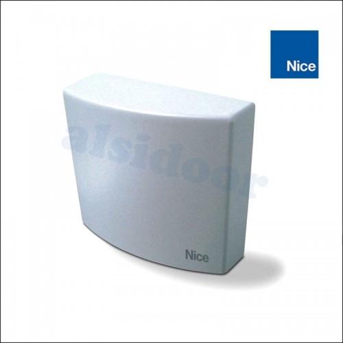 Cuadro maniobras NICE MC200 con receptor y temporizado